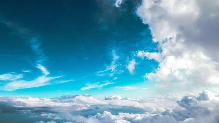 Cloudy Blue Sky Wallpaper