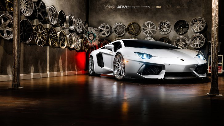 Lamborghini Aventador On ADV1 Wheels Wallpaper