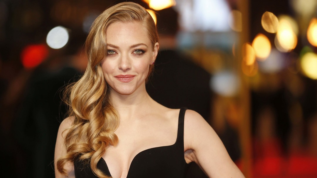 Amanda Seyfried Wallpaper for Social Media Google Plus Cover