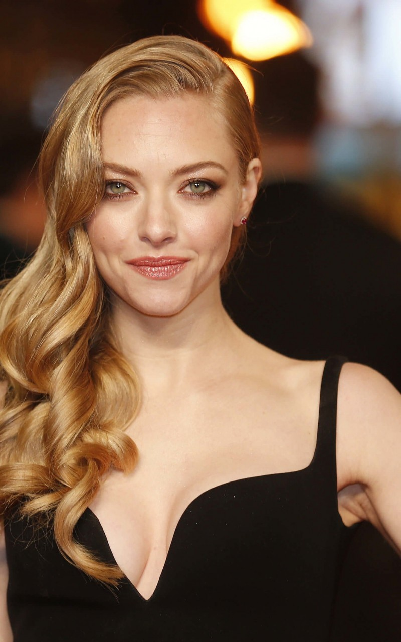 Amanda Seyfried Wallpaper for Amazon Kindle Fire HD