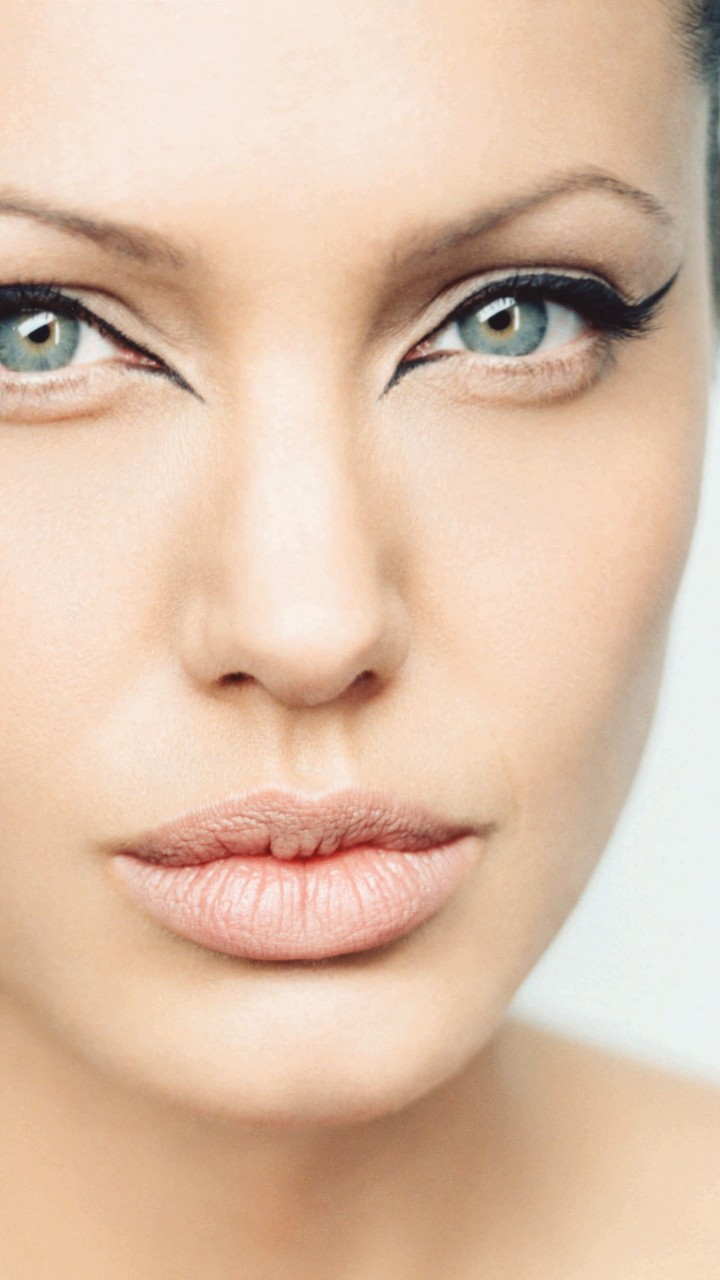 Angelina Jolie Wallpaper for SAMSUNG Galaxy Note 2