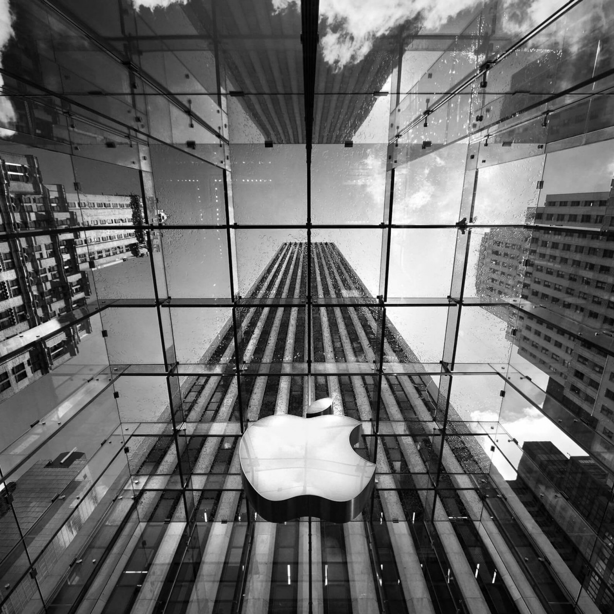Apple Store, Fifth Avenue, New York City Wallpaper for Apple iPad mini