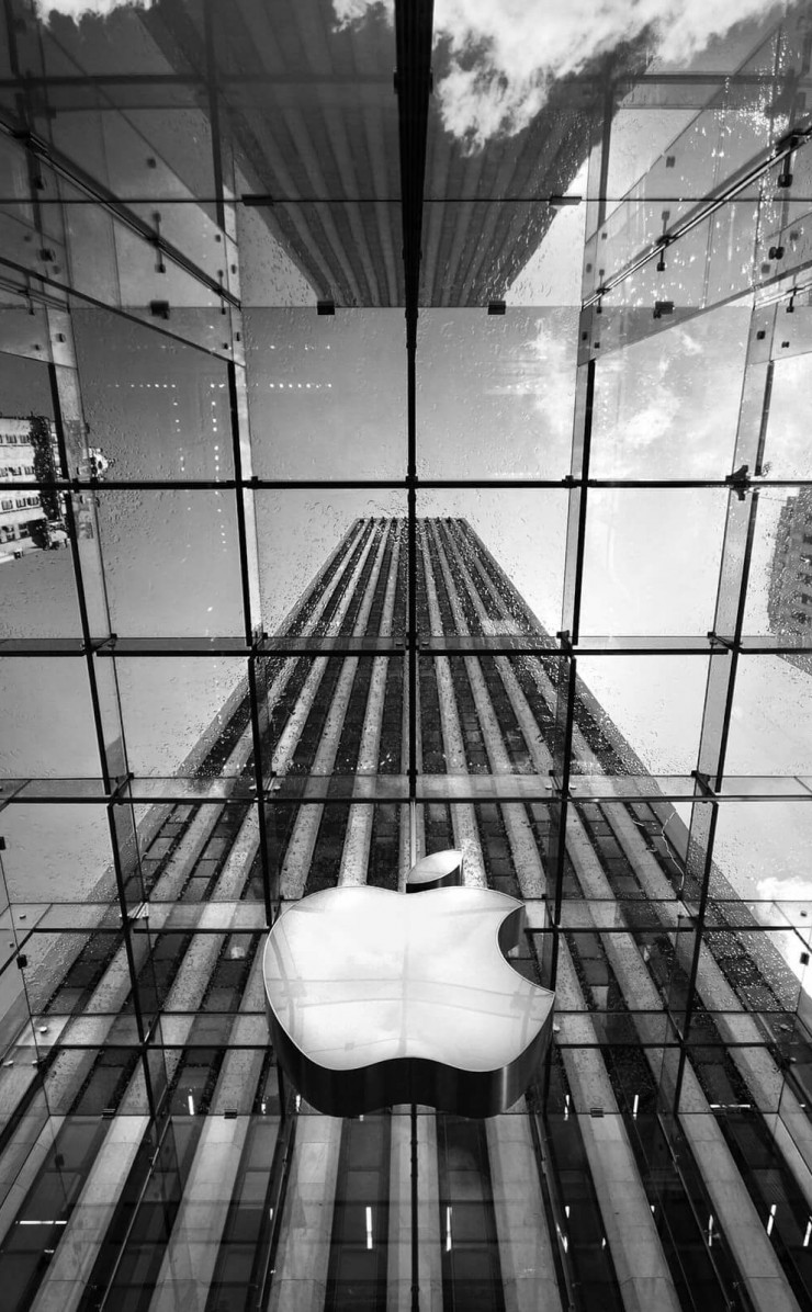 Apple Store, Fifth Avenue, New York City Wallpaper for Apple iPhone 4 / 4s