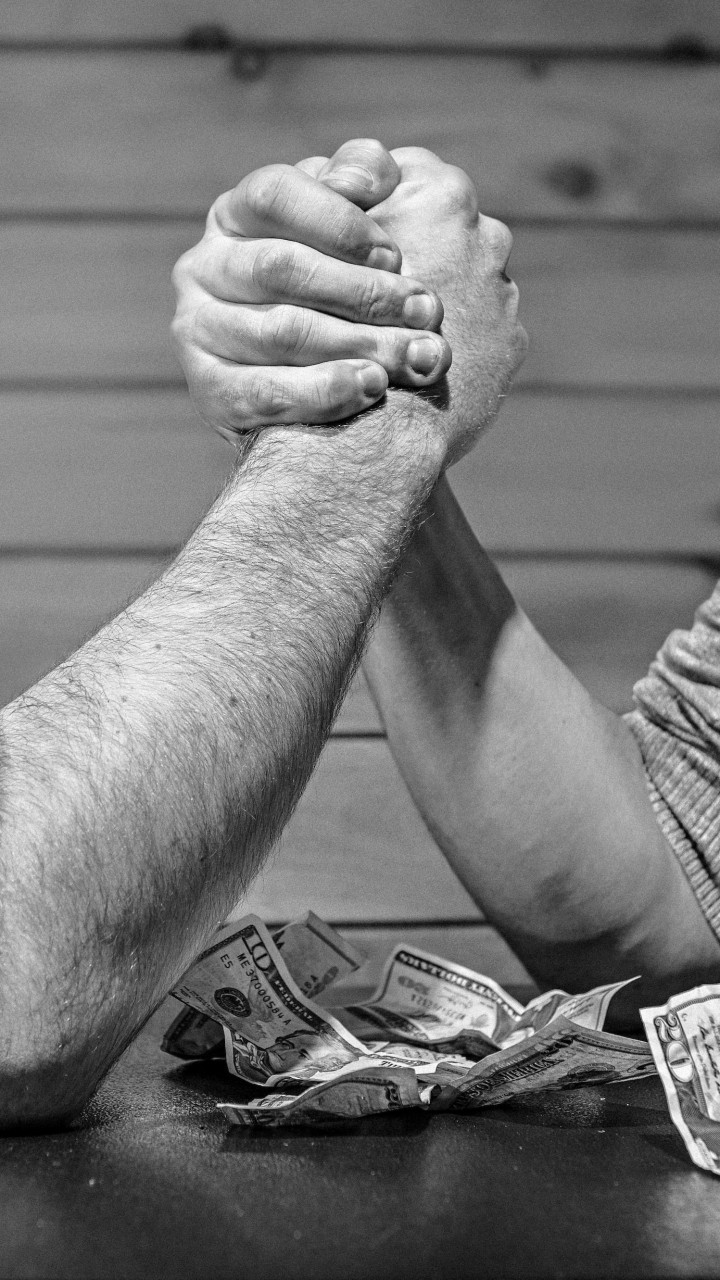 Arm Wrestling Wallpaper for HTC One mini