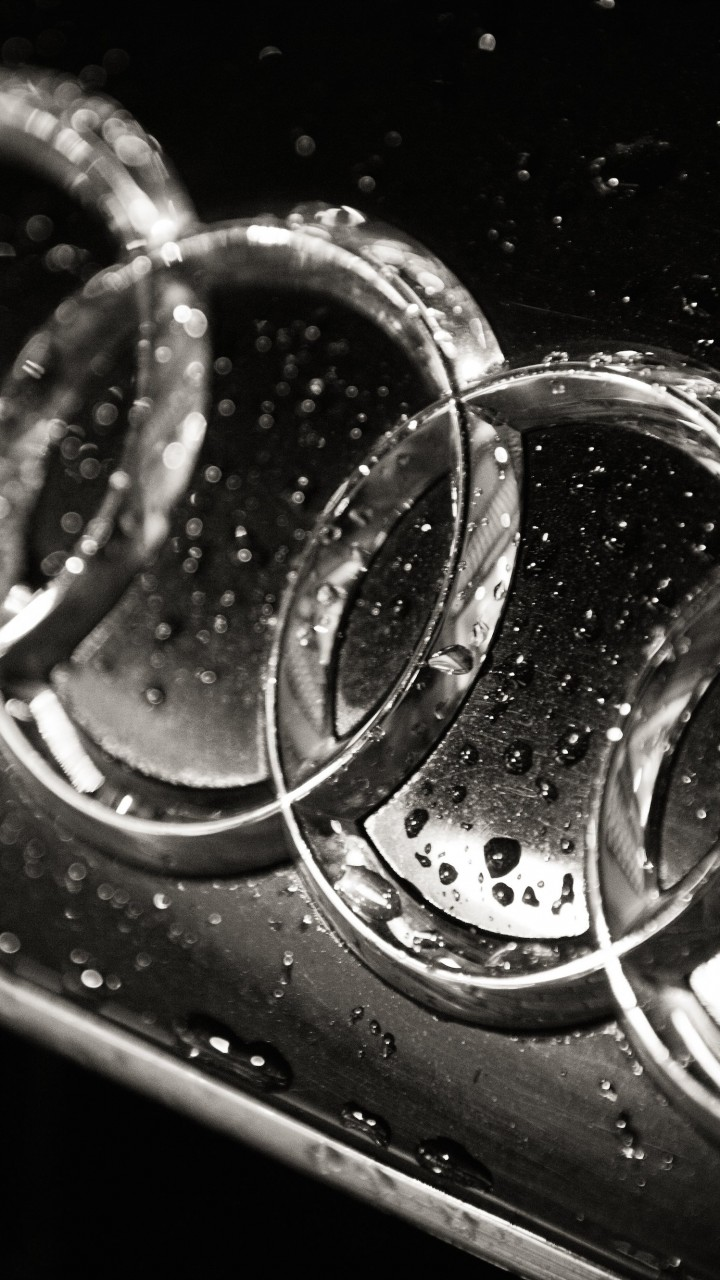 Audi Logo in Black & White Wallpaper for HTC One mini