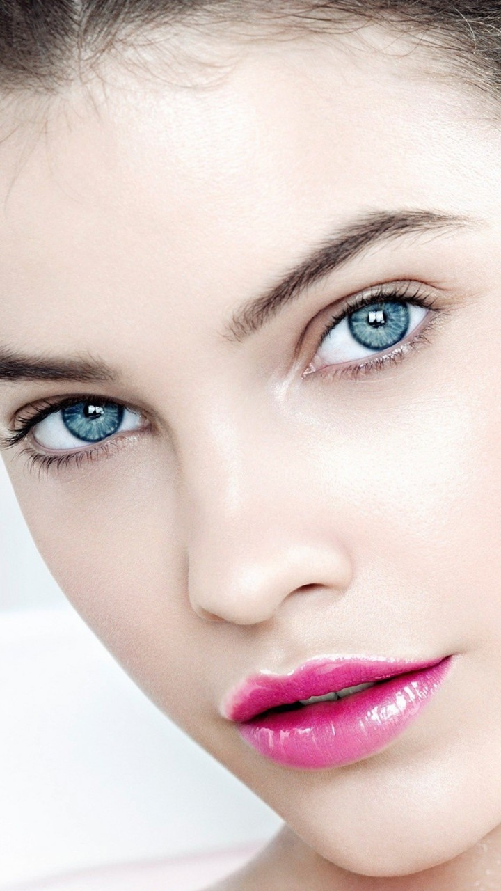 Barbara Palvin Wallpaper for HTC One X