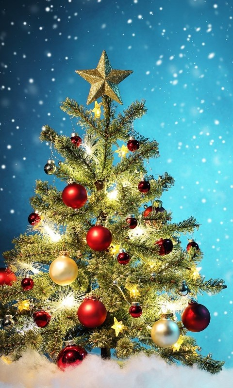 Beautiful Christmas Tree Wallpaper for HTC Desire HD
