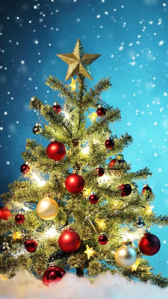 Beautiful Christmas Tree Wallpaper for Motorola Moto E