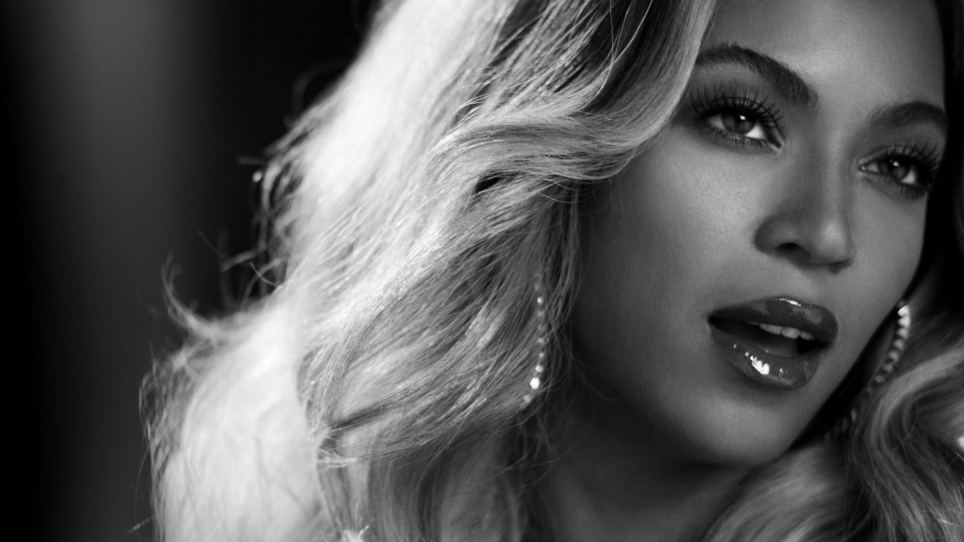 Beyonce in Black & White Wallpaper for Desktop 4K 3840x2160