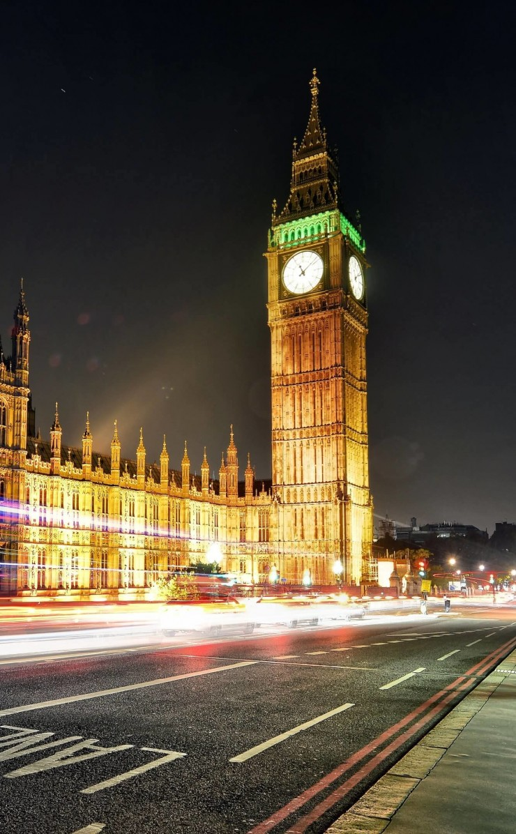Big Ben at Night Wallpaper for Apple iPhone 4 / 4s