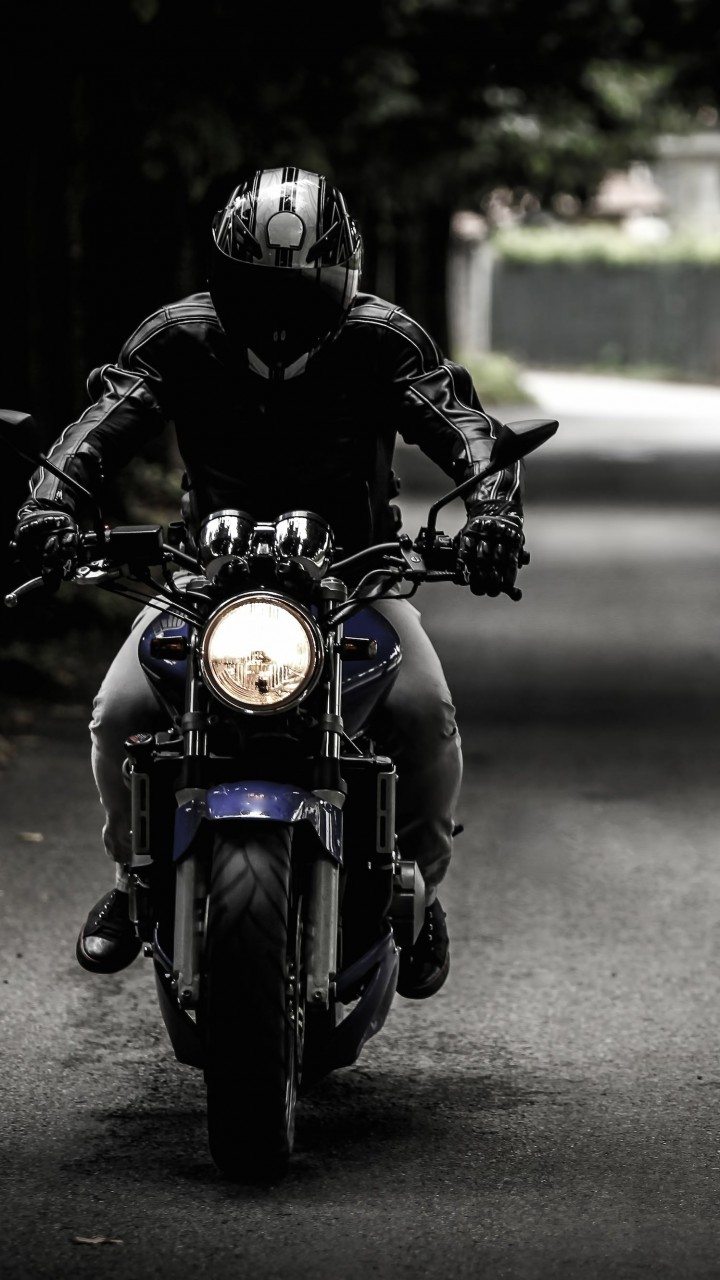 Bike Rider Wallpaper for SAMSUNG Galaxy Note 2