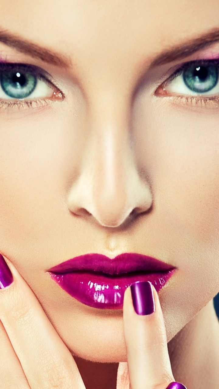 Blue Eyed Girl Wallpaper for SAMSUNG Galaxy Note 2