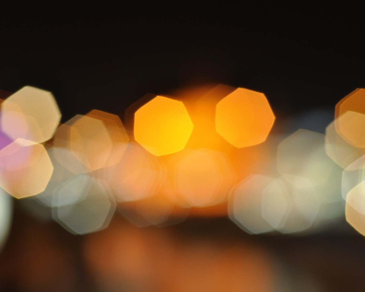 Blurred City Lights Wallpaper for Desktop 1280x1024