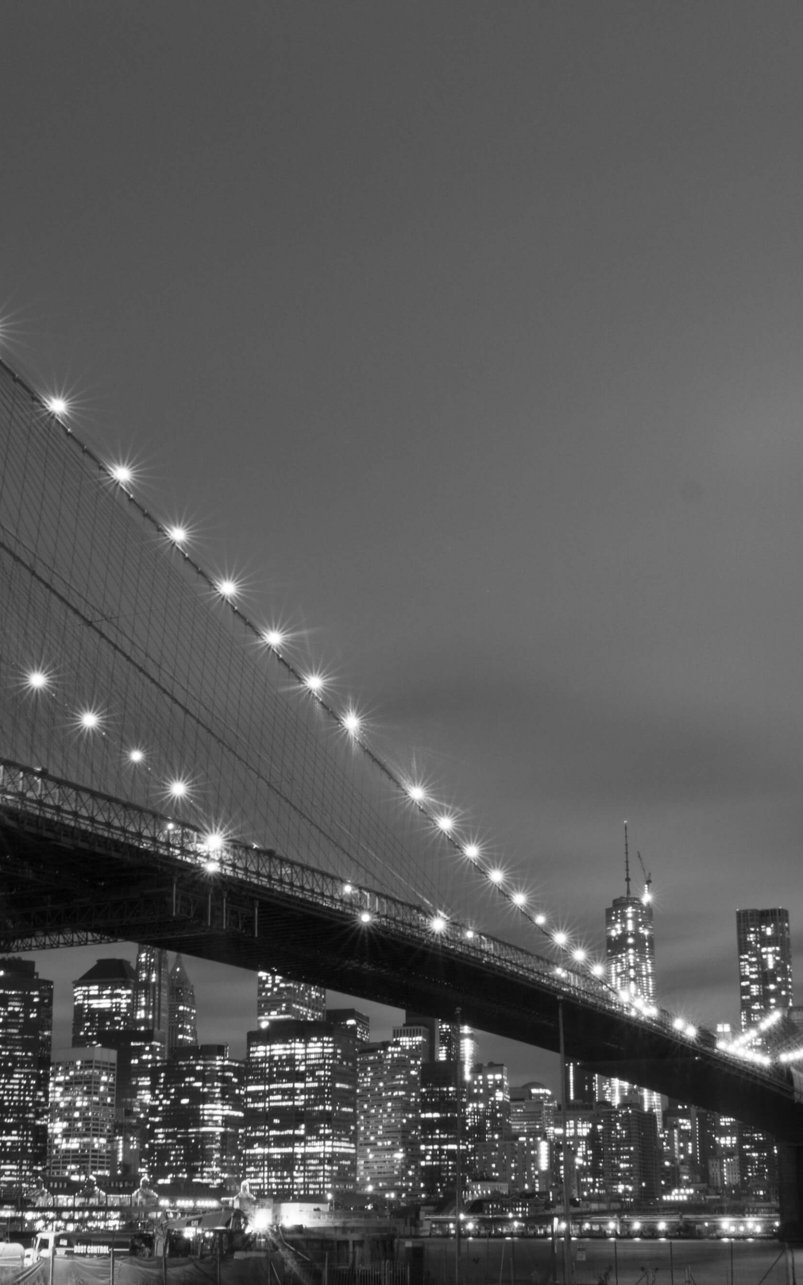 Brooklyn Bridge, New York City in Black & White Wallpaper for Amazon Kindle Fire HDX 8.9