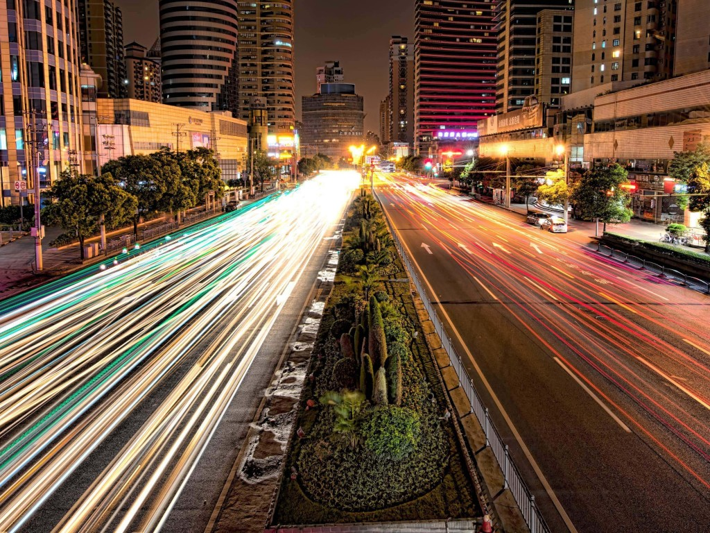 Busy Road in Shanghai at Night Wallpaper for Desktop 1024x768
