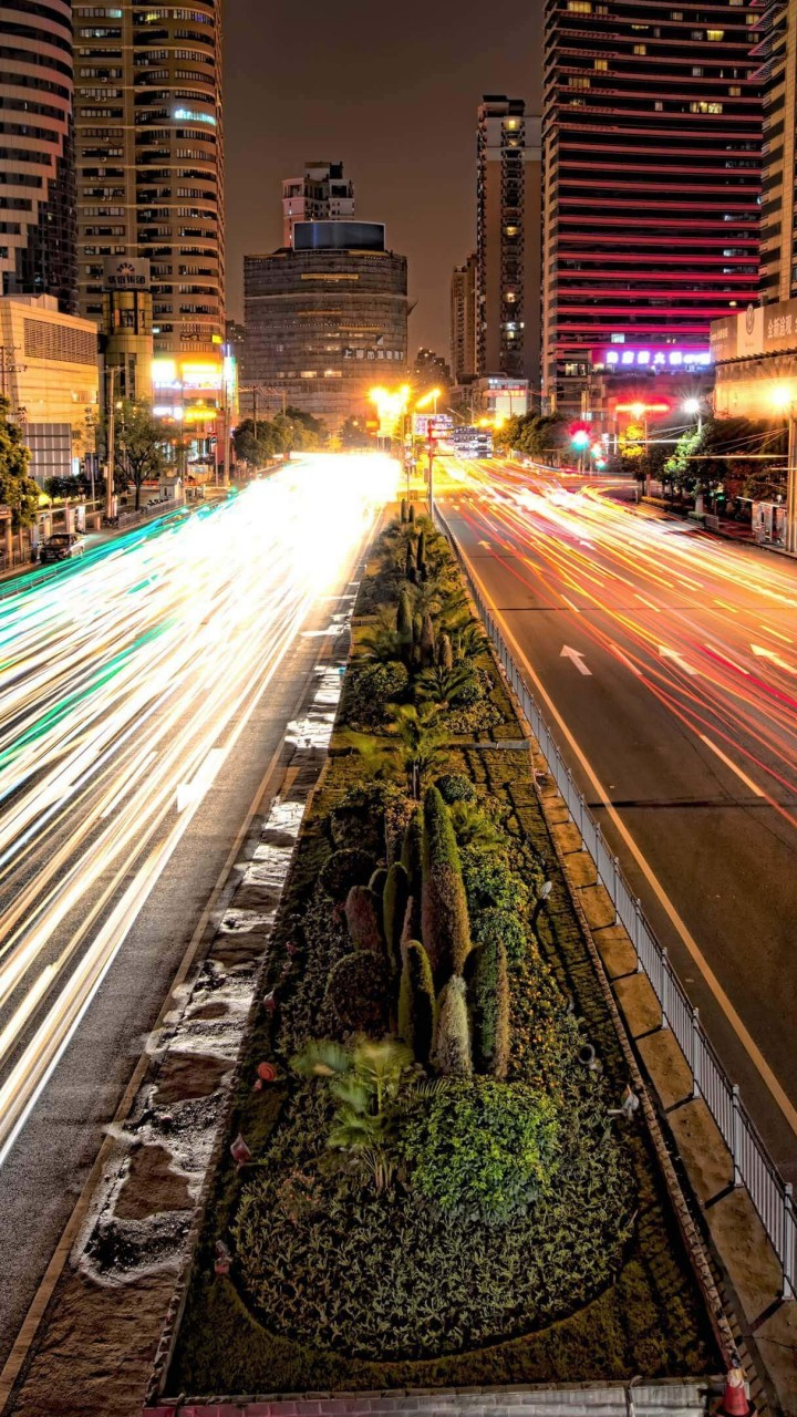 Busy Road in Shanghai at Night Wallpaper for Motorola Droid Razr HD