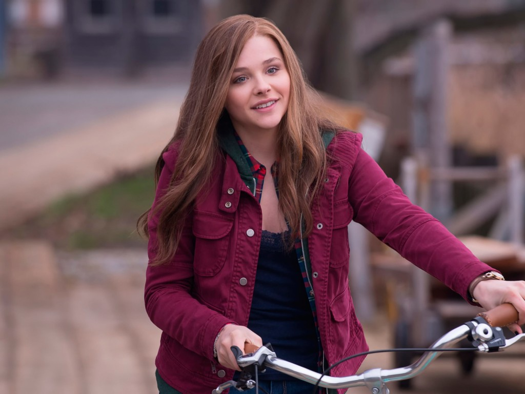 "Chloe Grace Moretz in ""If I Stay"" Wallpaper for Desktop 1024x768"