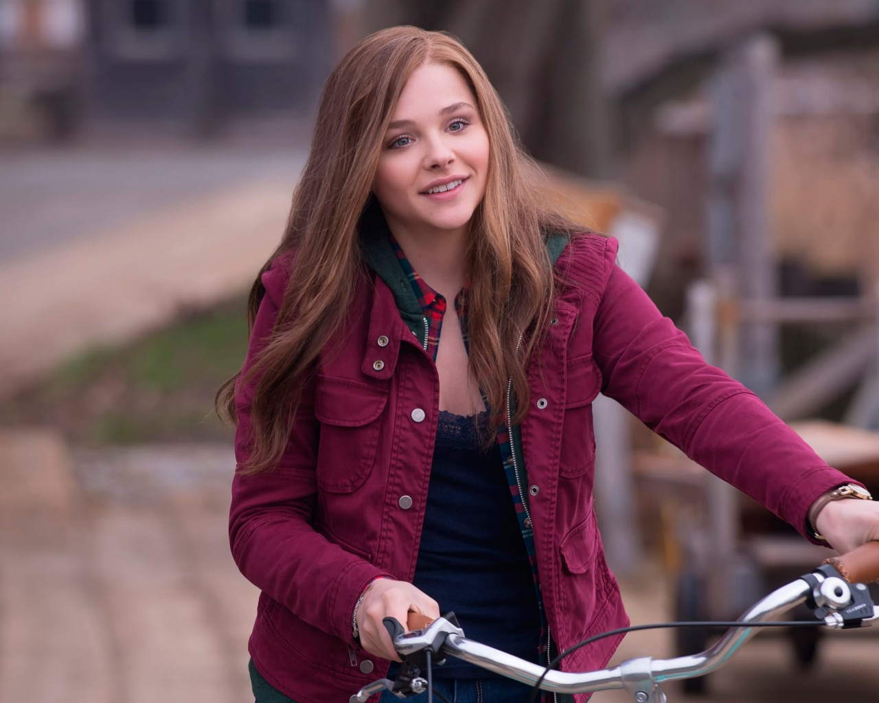 "Chloe Grace Moretz in ""If I Stay"" Wallpaper for Desktop 1280x1024"
