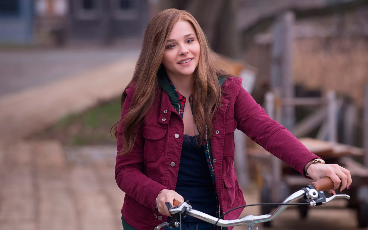 "Chloe Grace Moretz in ""If I Stay"" Wallpaper for Desktop 1280x800"