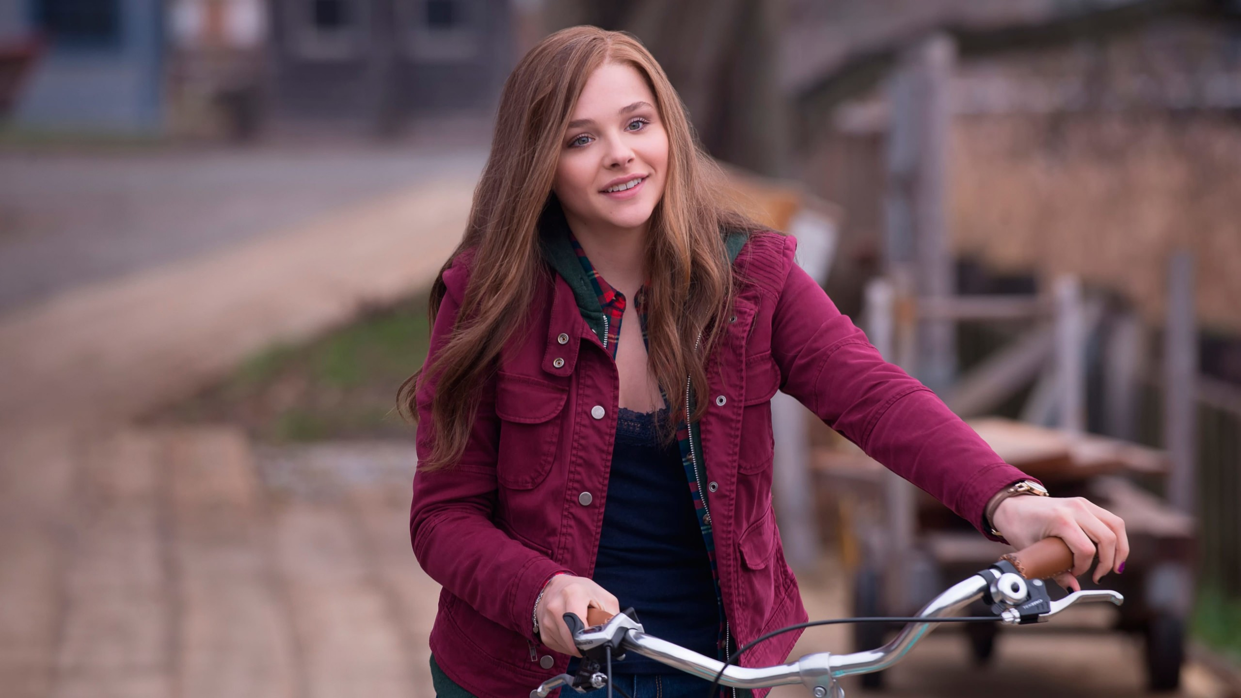 "Chloe Grace Moretz in ""If I Stay"" Wallpaper for Desktop 2560x1440"