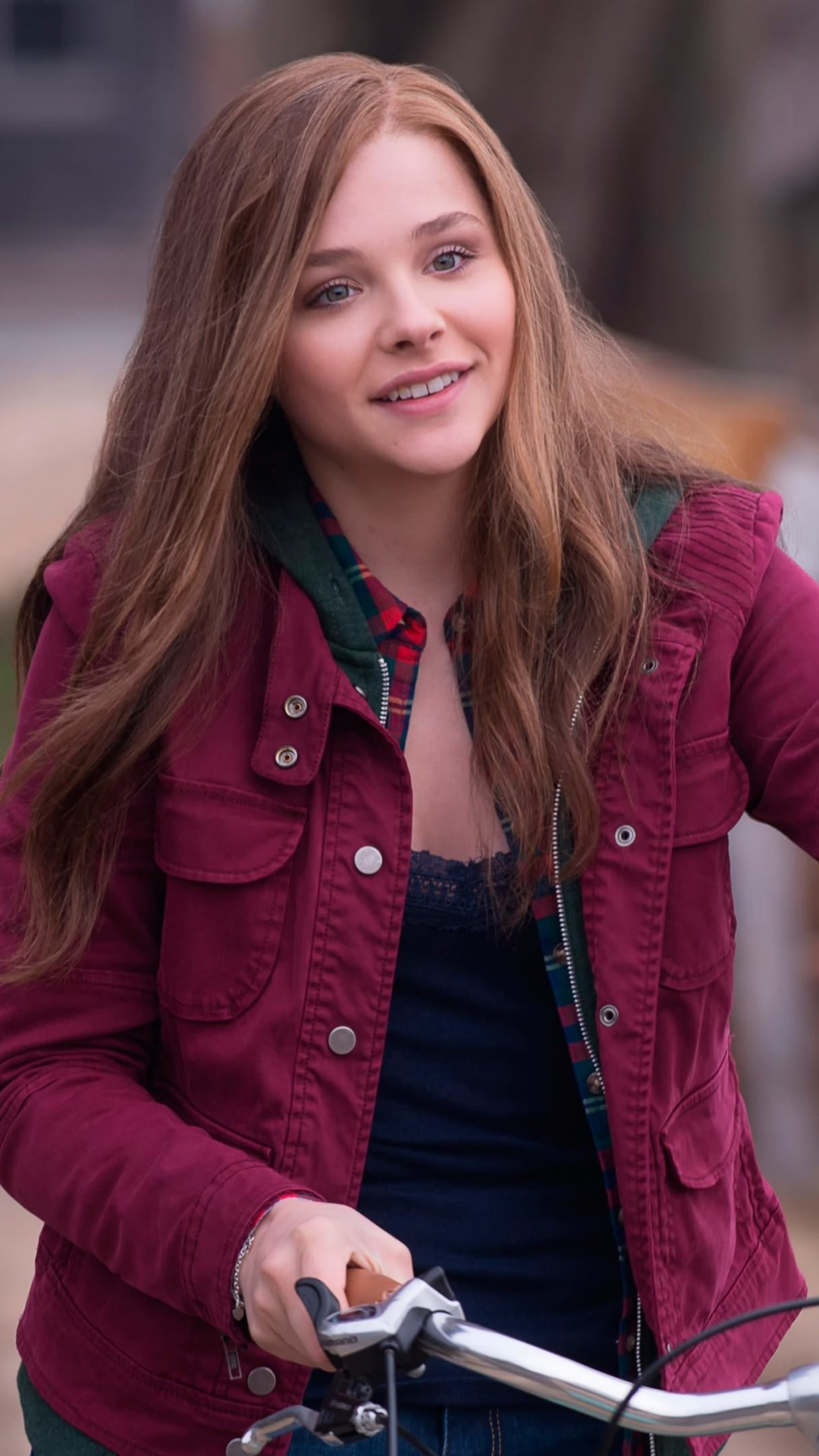 "Chloe Grace Moretz in ""If I Stay"" Wallpaper for SAMSUNG Galaxy S5"