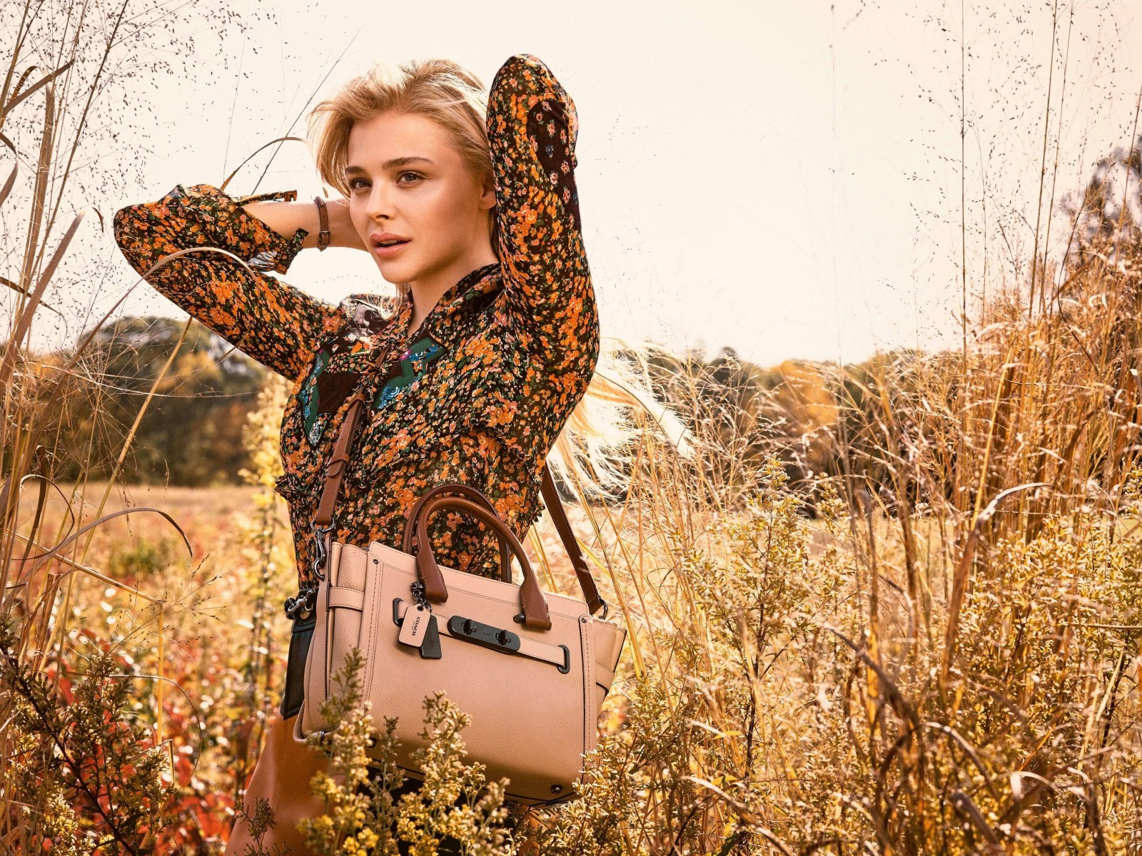 Chloe Moretz Coach Spring 2016 Campaign Wallpaper for Desktop 1600x1200
