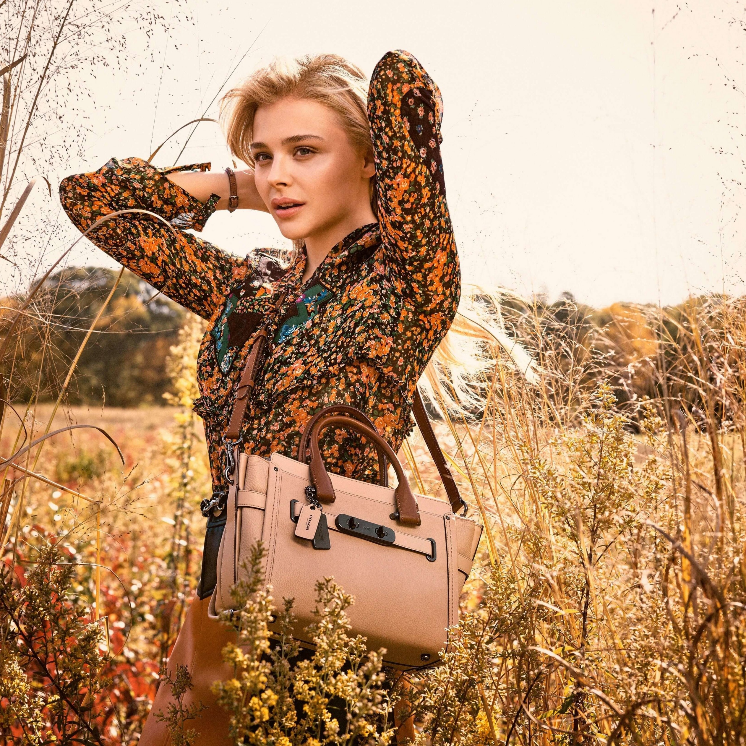 Chloe Moretz Coach Spring 2016 Campaign Wallpaper for Apple iPad 3