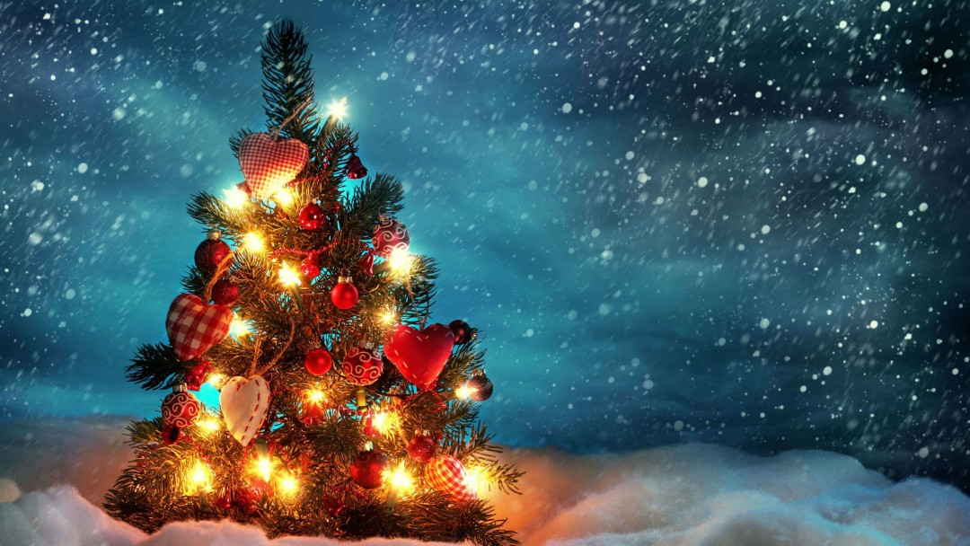 Christmas Tree Wallpaper for Social Media Google Plus Cover