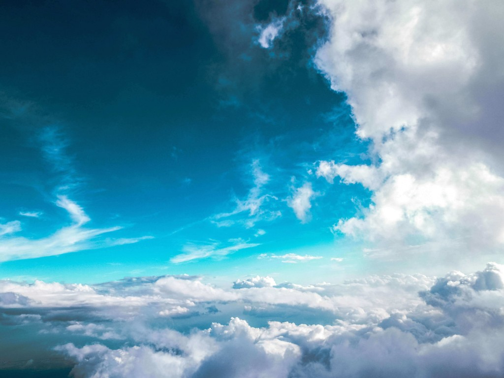 Cloudy Blue Sky Wallpaper for Desktop 1024x768