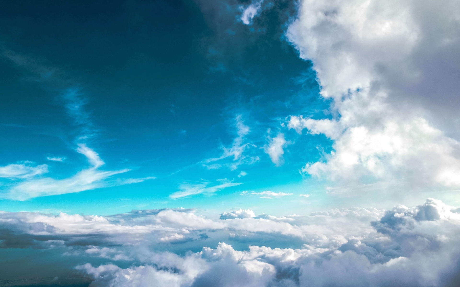 Cloudy Blue Sky Wallpaper for Desktop 1920x1200