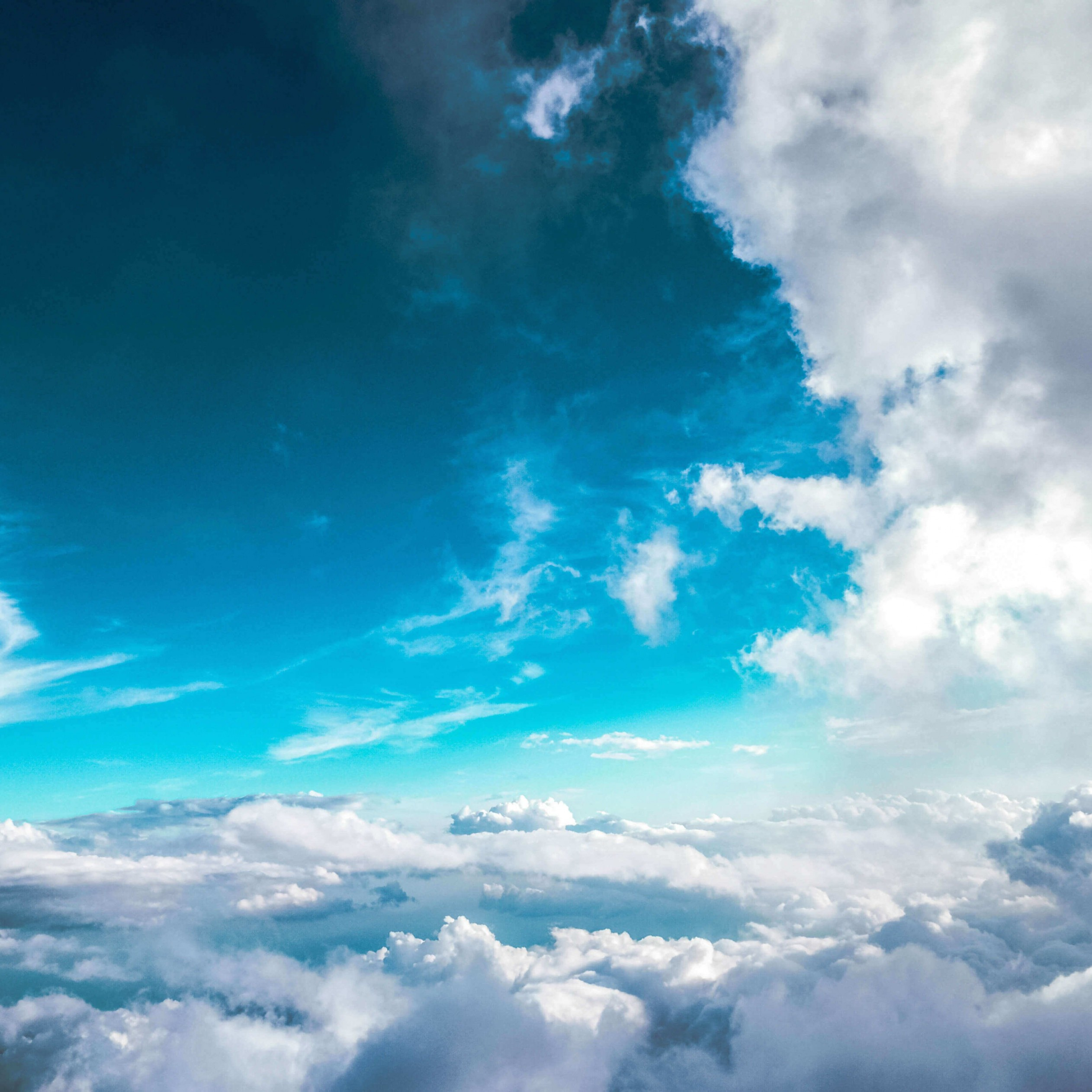 Cloudy Blue Sky Wallpaper for Apple iPad Air