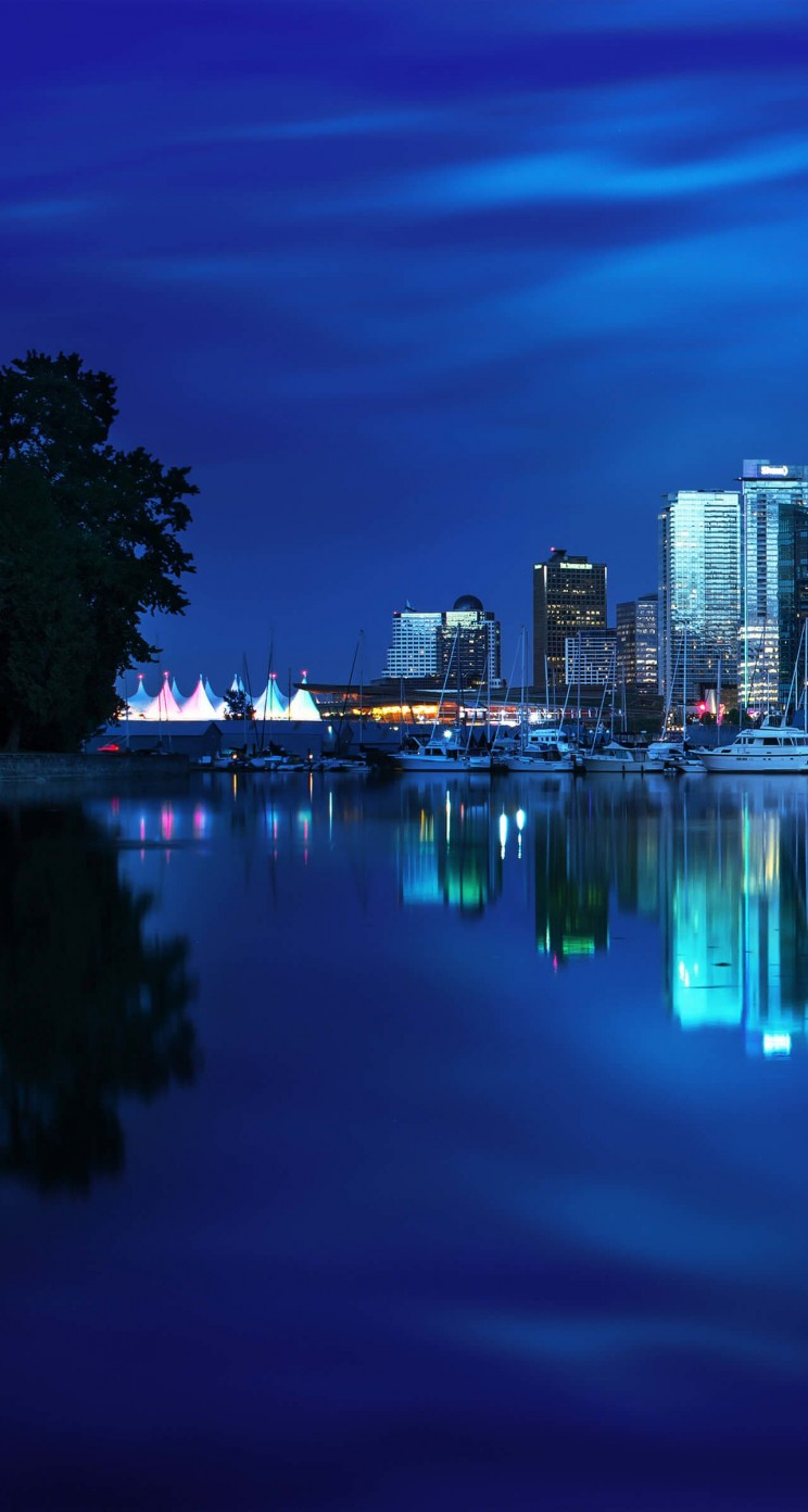 Coal Harbour Marina, Vancouver Wallpaper for Apple iPhone 5 / 5s
