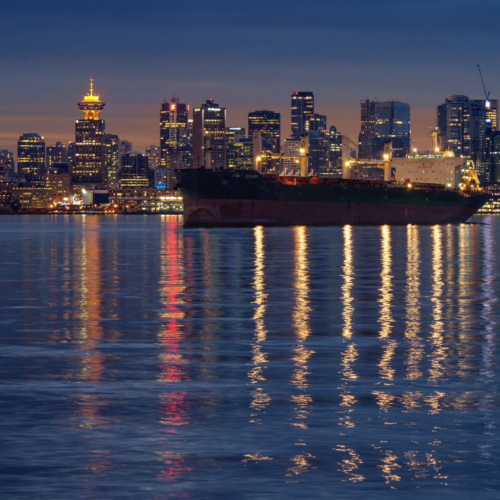 Downtown Vancouver, Canada Wallpaper for Apple iPad