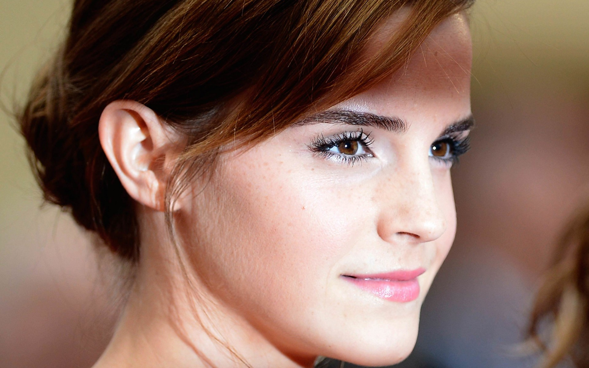 Emma Watson Wallpaper for Desktop 1920x1200