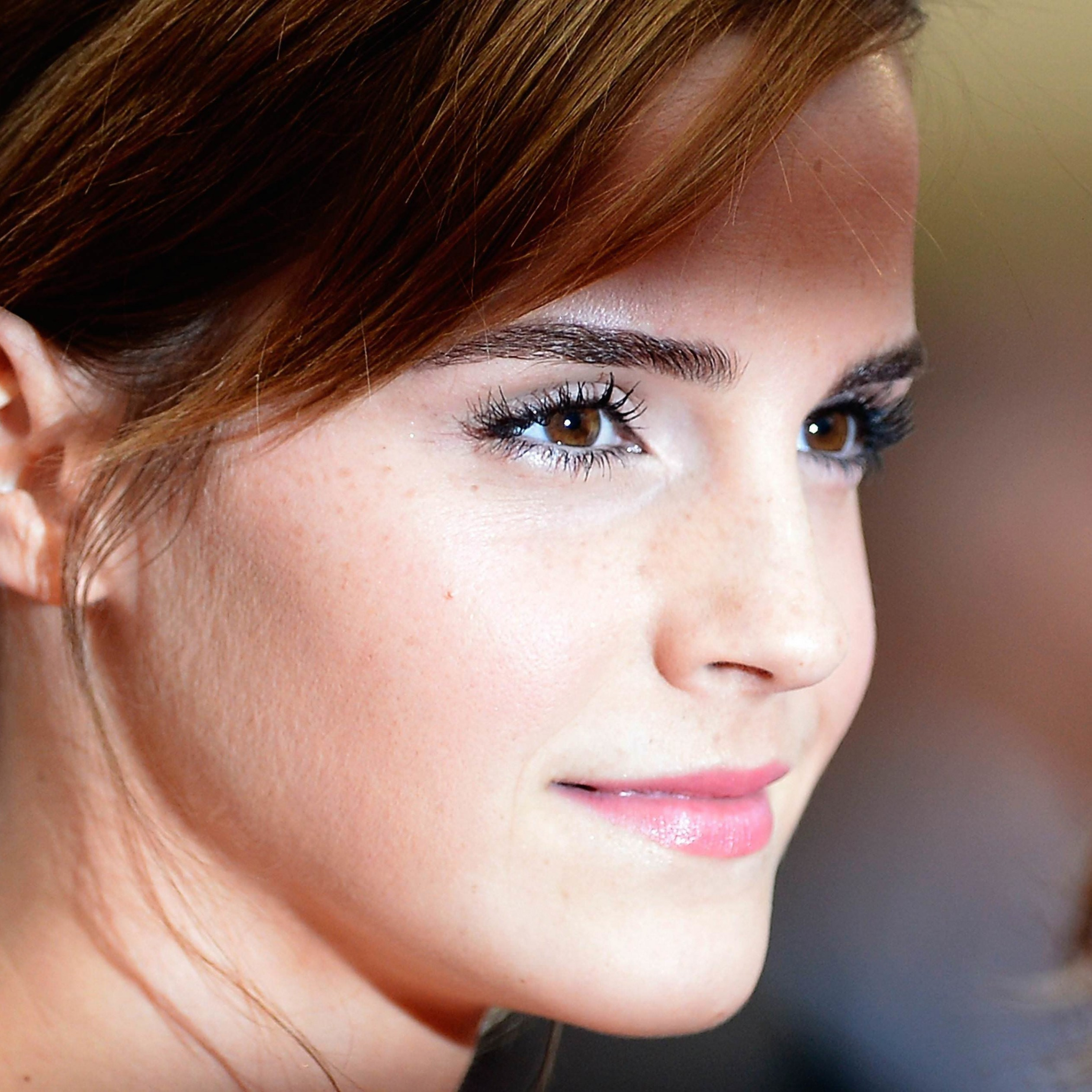 Emma Watson Wallpaper for Apple iPad 3