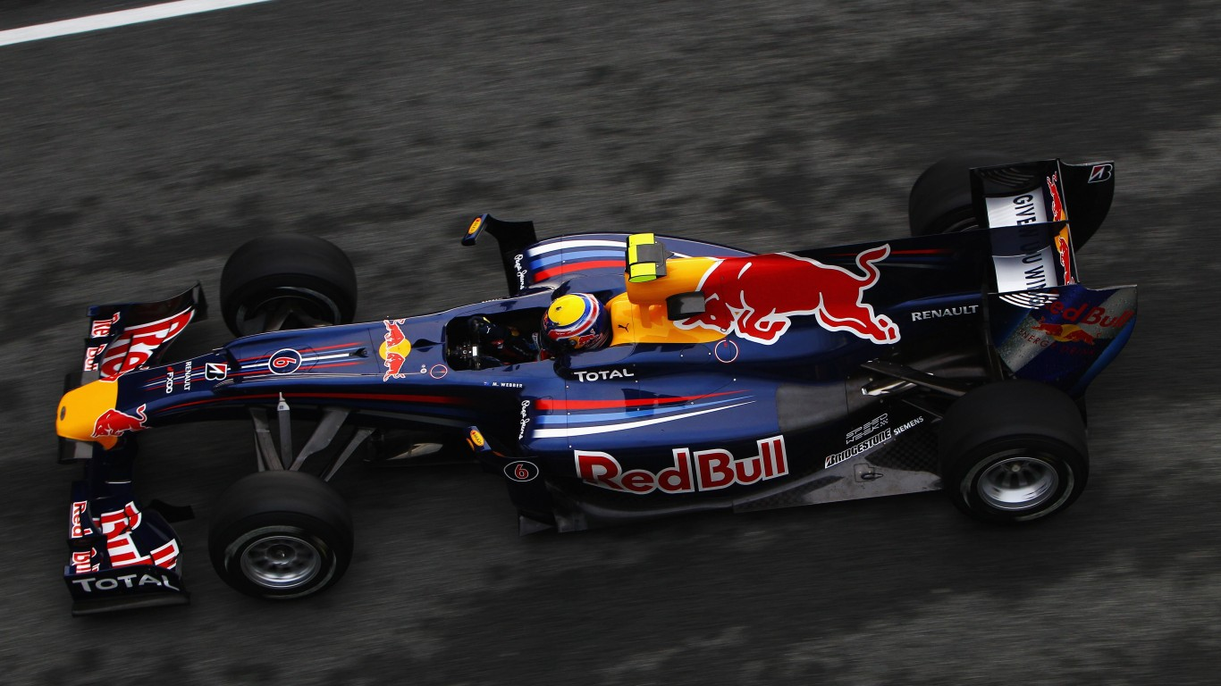 F1 Red Bull Team Wallpaper for Desktop 1366x768
