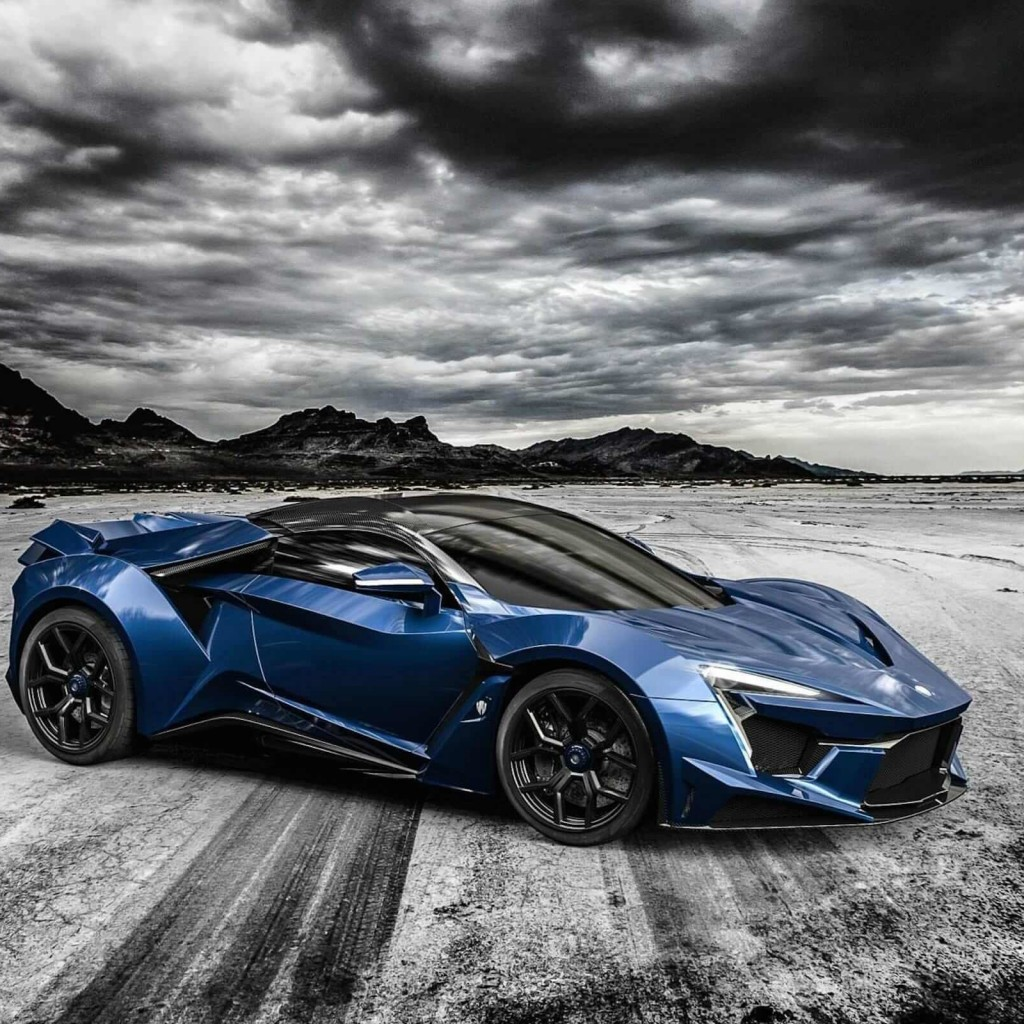 FENYR Supersport Wallpaper for Apple iPad 2