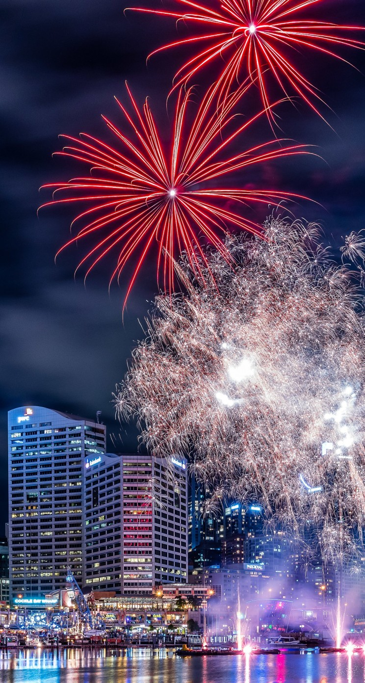 Fireworks In Darling Harbour Wallpaper for Apple iPhone 5 / 5s