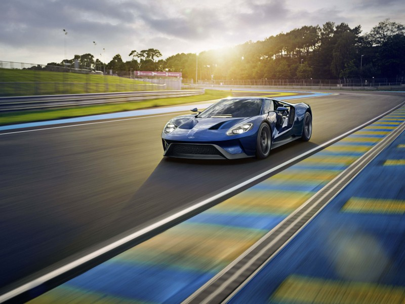 Ford GT Supercar Wallpaper for Desktop 800x600