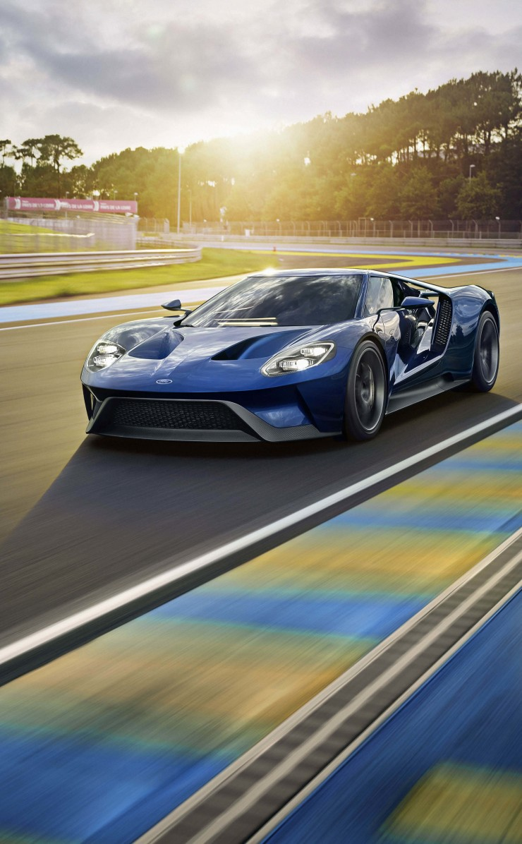 Ford GT Supercar Wallpaper for Apple iPhone 4 / 4s