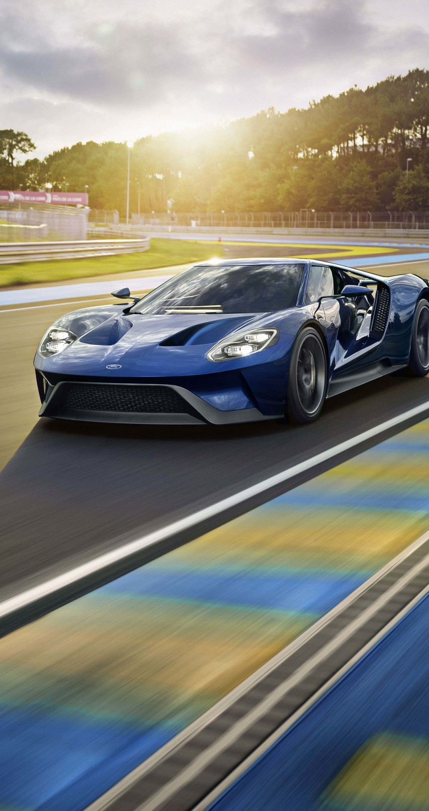 Ford GT Supercar Wallpaper for Apple iPhone 6 / 6s