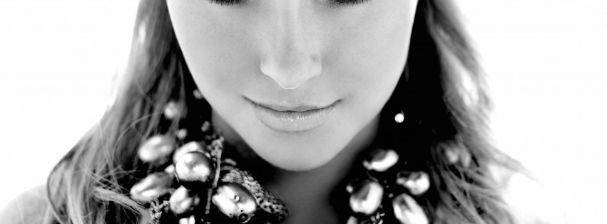 Hayden Panettiere In Black & White Wallpaper for Social Media Facebook Cover