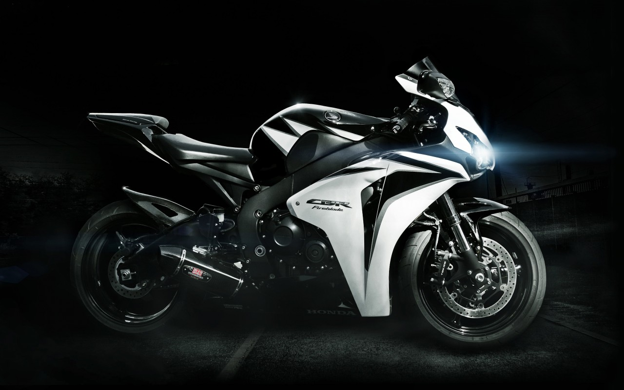 Honda CBR Fireblade Wallpaper for Desktop 1280x800