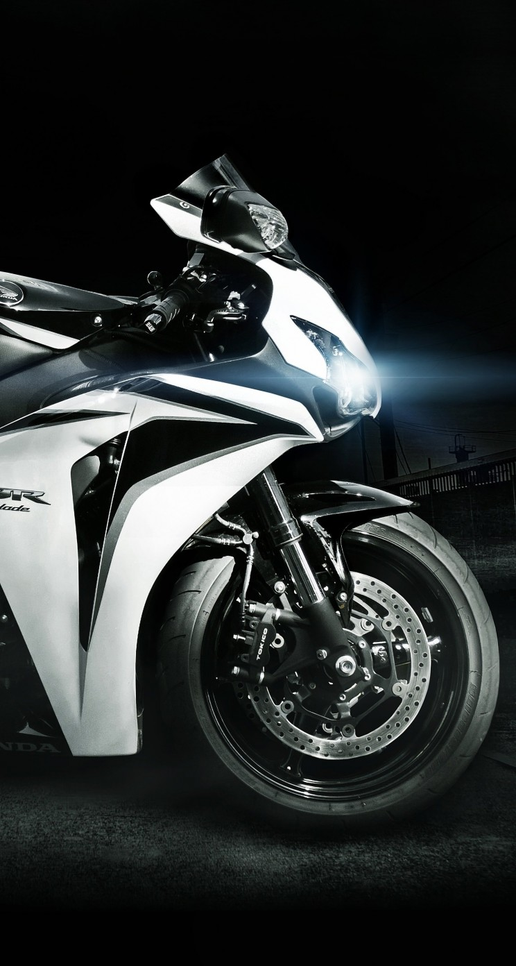 Honda CBR Fireblade Wallpaper for Apple iPhone 5 / 5s