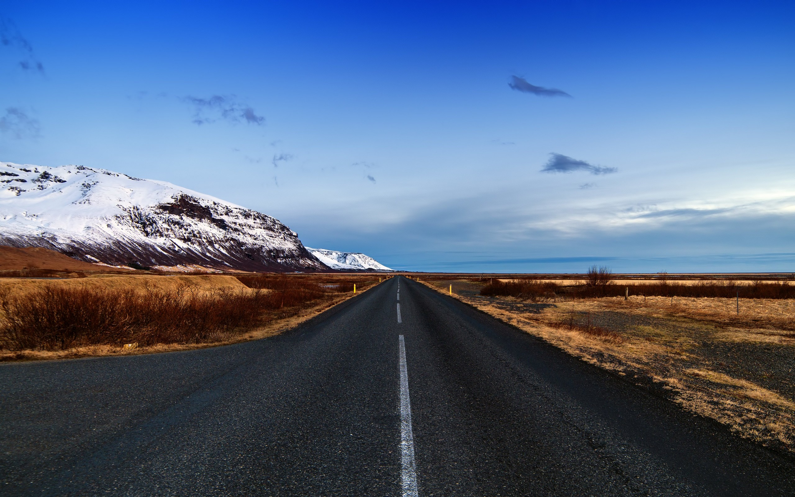 Icelandic Road, Skaftafell, Iceland Wallpaper for Desktop 2560x1600