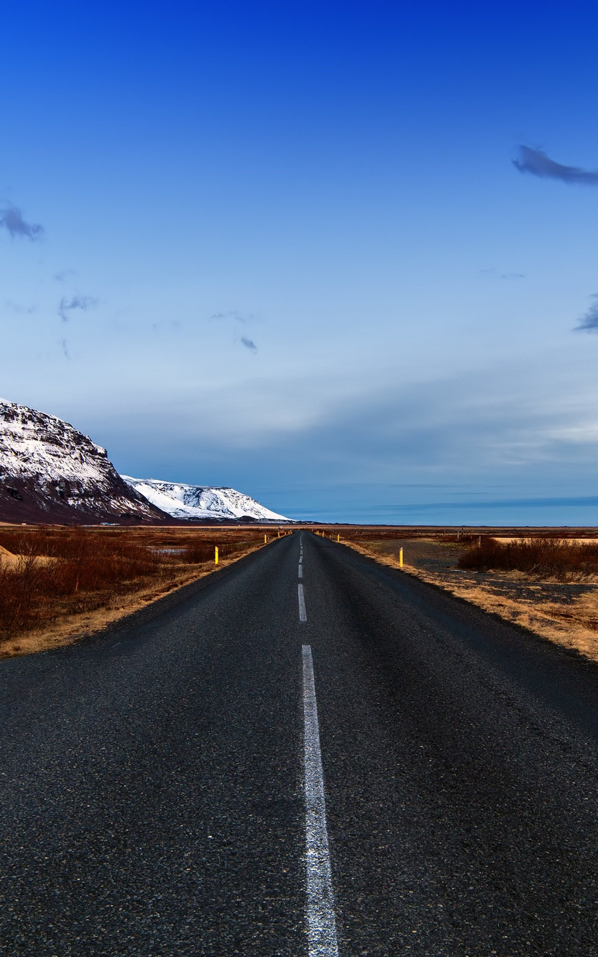Icelandic Road, Skaftafell, Iceland Wallpaper for Amazon Kindle Fire HDX