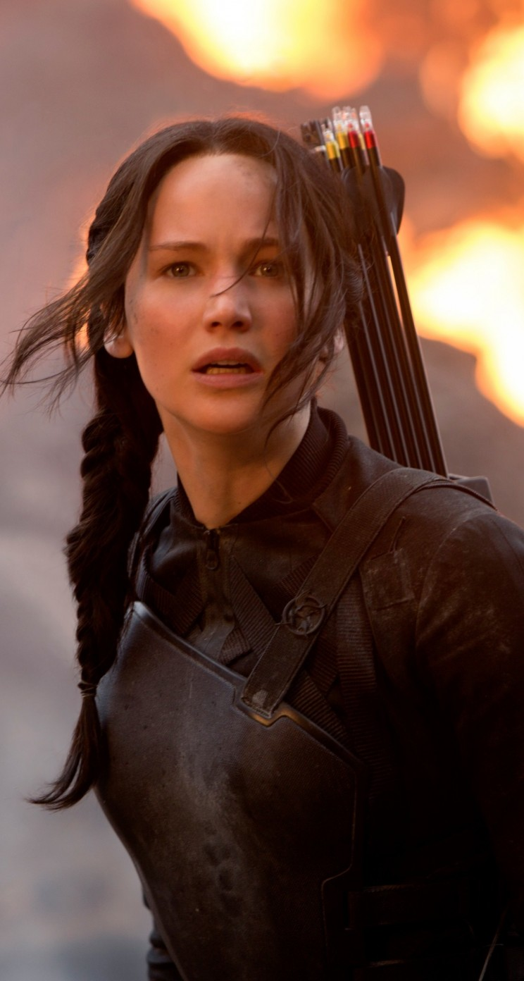 Jennifer Lawrence in The Hunger Games Wallpaper for Apple iPhone 5 / 5s