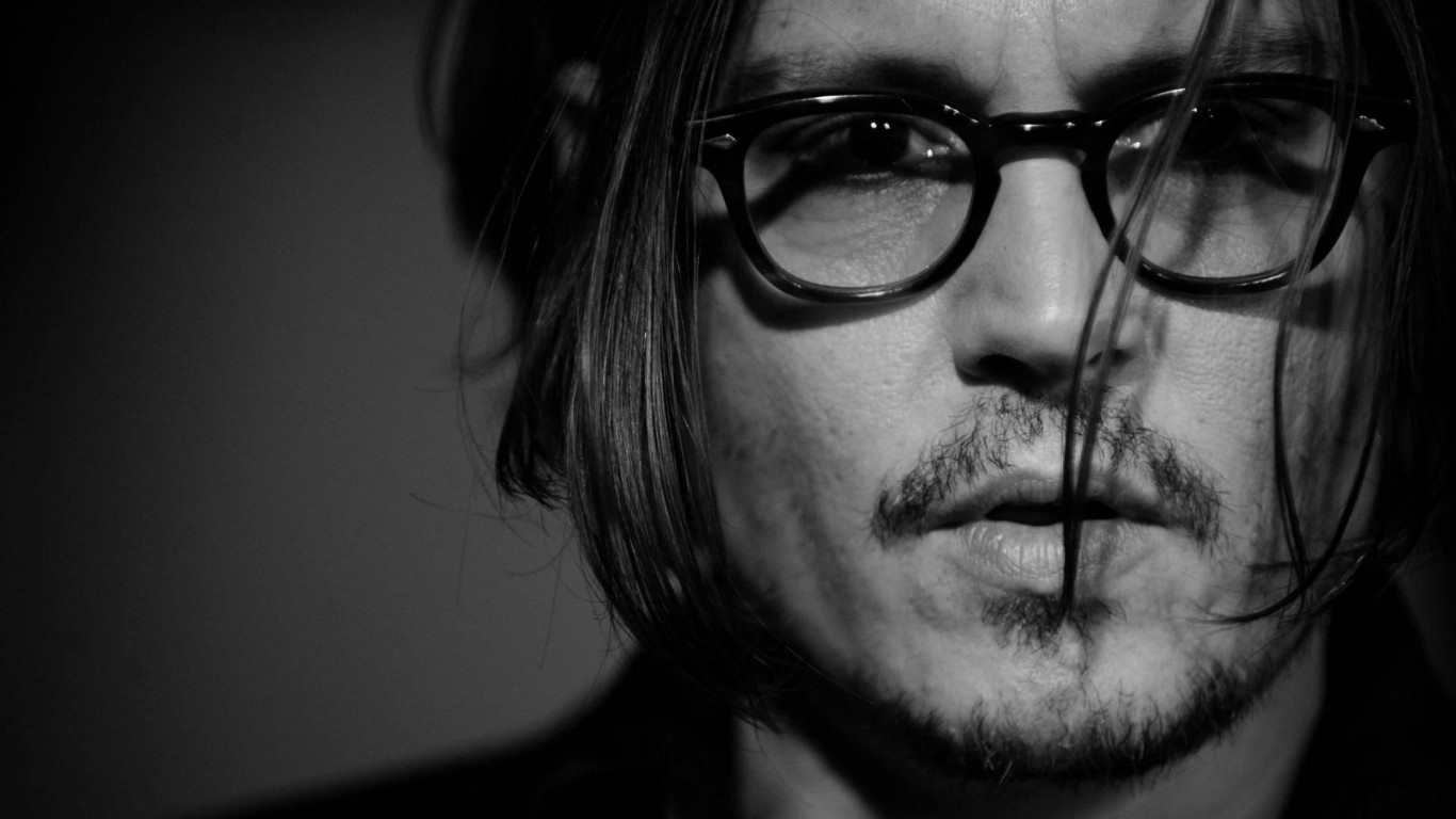 Johnny Depp Black & White Portrait Wallpaper for Desktop 1366x768