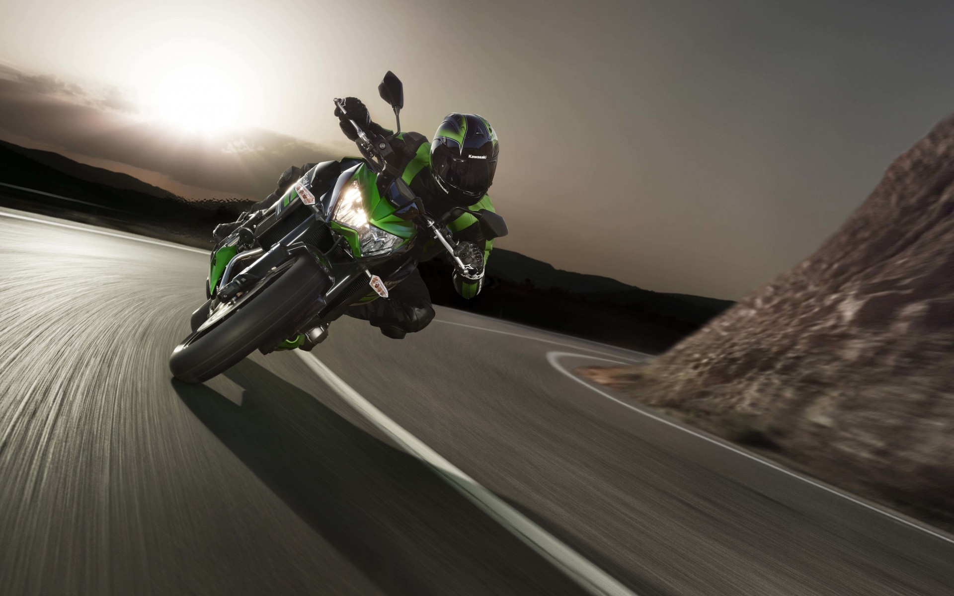 Kawasaki Ninja ZX-10R Wallpaper for Desktop 1920x1200