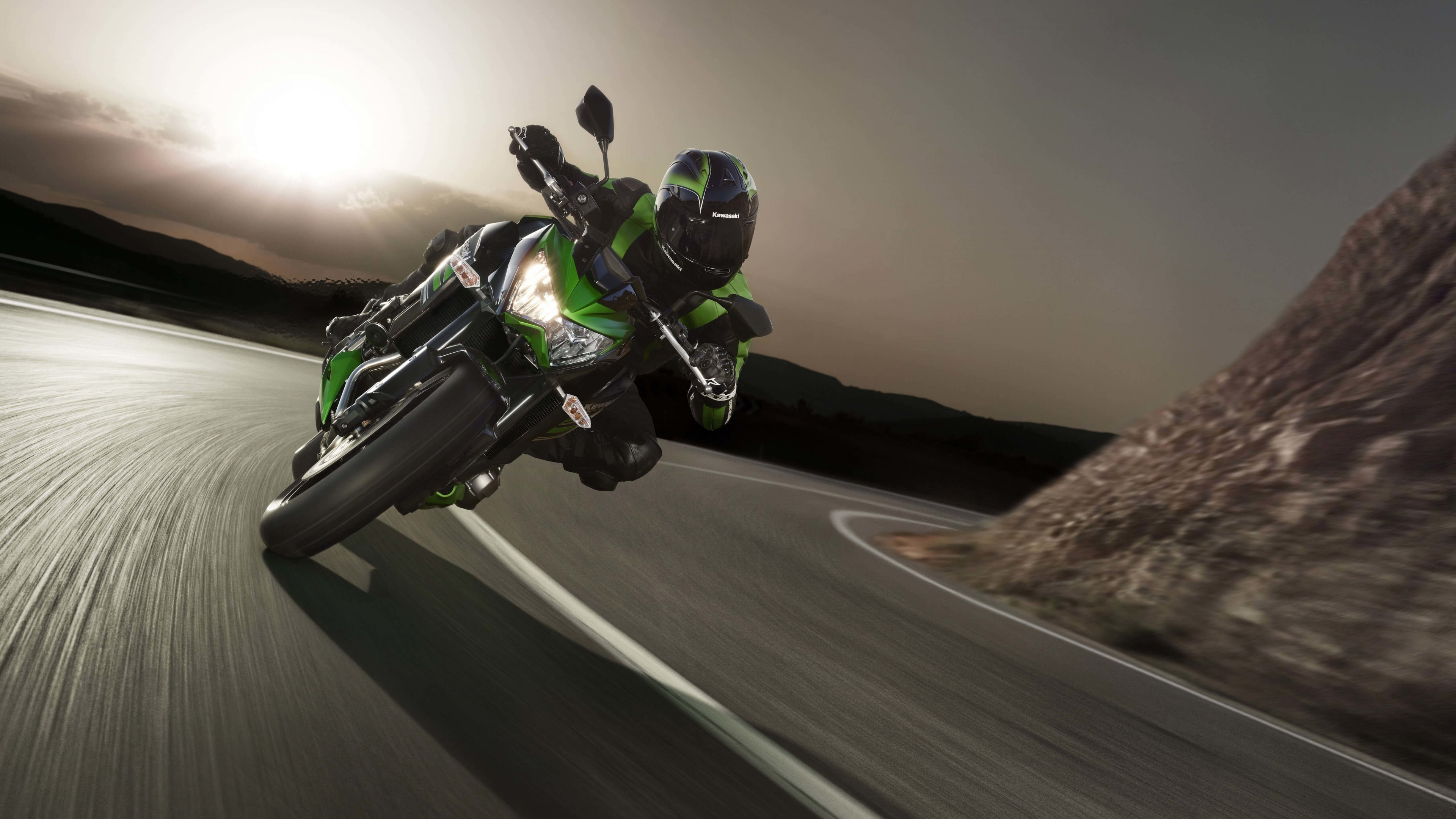 Kawasaki Ninja ZX-10R Wallpaper for Desktop 4K 3840x2160